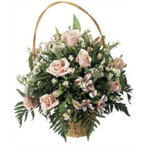 Basket Arrangement Sweet Dreams
